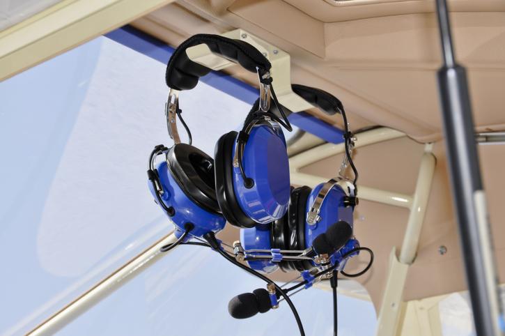 Pilot_headsets