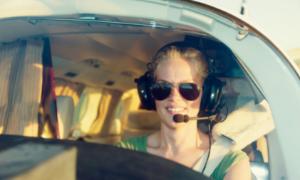 Female_Pilot_sunglasses